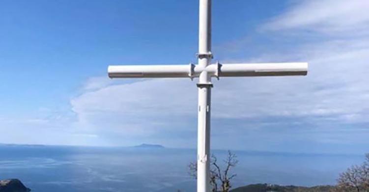 Η δίωξη για το Σταυρό στη Χιμάρα – 30 χρόνια μετά την ανάκτηση της θρησκευτικής ελευθερίας
