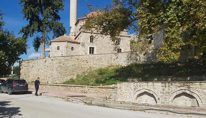 Τζαμί Δέλβινο Ρούσανι