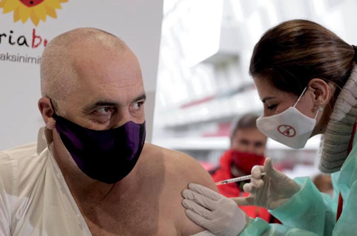 Έντι Ράμα: Η Αλβανία έλαβε εμβόλια, όχι όμως μέσω Ελλάδας