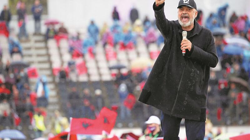 Εντι Ράμα όπως… Ενβέρ Χότζα μετά τις εκλογές στην Αλβανία