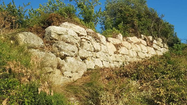 Το «ορφανό» Κάστρο στο Φανάρι και τα μεγάλα μυστικά του