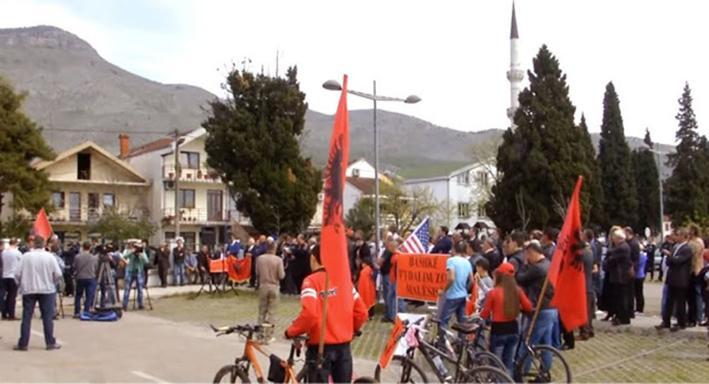 Ο πρόεδρος της Αλβανίας ζήτησε μεγαλύτερη εκπροσώπηση των Αλβανών στο Μαυροβούνιο