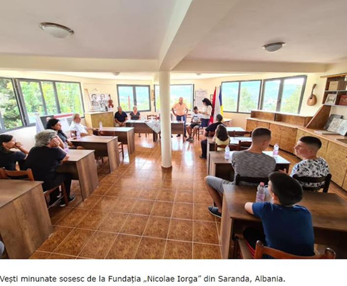 Αρομούνικα σχολεία ανοίγουν σε πόλεις της Αλβανίας