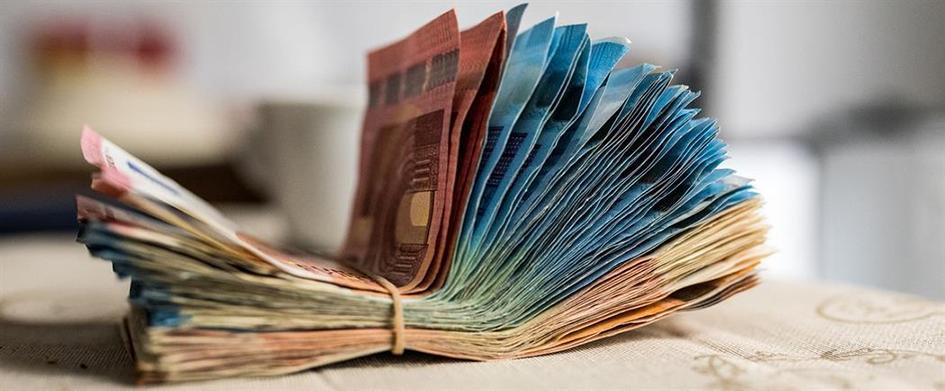 Τέλος τα μετρητά: Ξεχάστε κέρματα και χαρτονομίσματα – Δείτε τι θα τα αντικαταστήσει