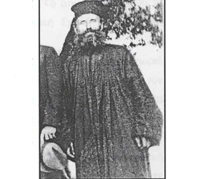 Ο ιερέας Θεόδωρος Γούλης από τη Σωτήρα ενταφιασμένος μακριά από τη γη των προγόνων του