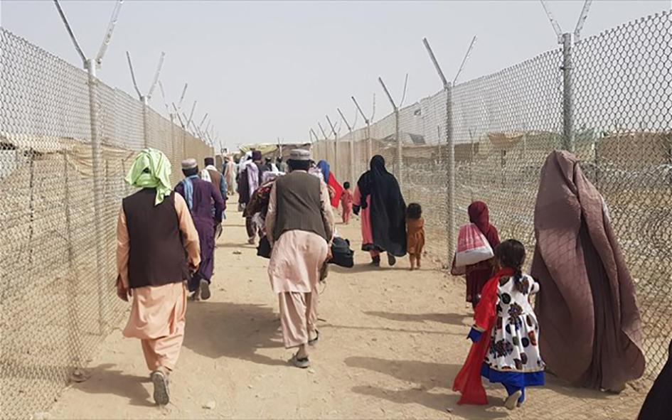 «Σκεπτικοί» και οι Αλβανοί με τους Αφγανούς πρόσφυγες