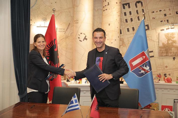 Συναντήθηκε η Πρέσβης της Ελλάδας στα Τίρανα, Σοφία Φιλιππίδου με τον Δήμαρχο Τιράνων, Έριον Βελιάι