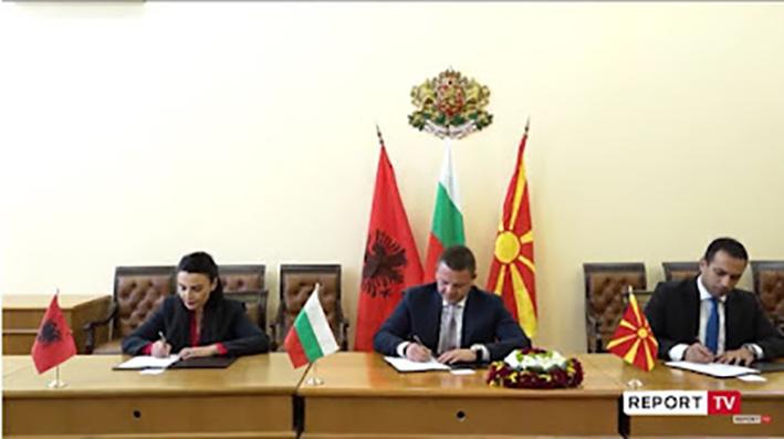 Αλβανία, Βόρεια Μακεδονία, Βουλγαρία υπέγραψαν μνημόνιο για κατασκευή του Διαδρόμου 8