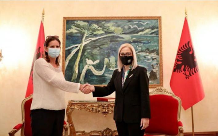 Ακλόνητη υποστήριξη της Ελλάδας στην ευρωπαϊκή πορεία της Αλβανίας