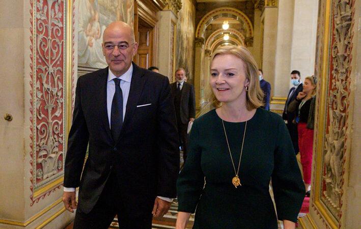 Ελλάδα και Βρετανία συμφώνησαν σε στενότερη συνεργασία